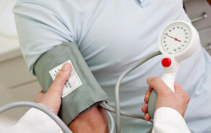 专家提醒:防范心血管病要重视几大危险因素